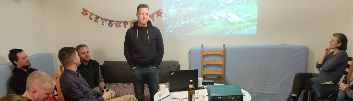 MDR-Autor Alexander Reißland bei der Präsentation des Films.